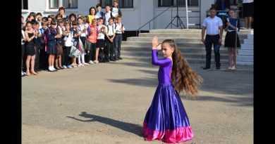 Самые длинные волосы у ребенка 8 лет
