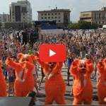 Самый массовый танцевальный флешмоб на шести площадках